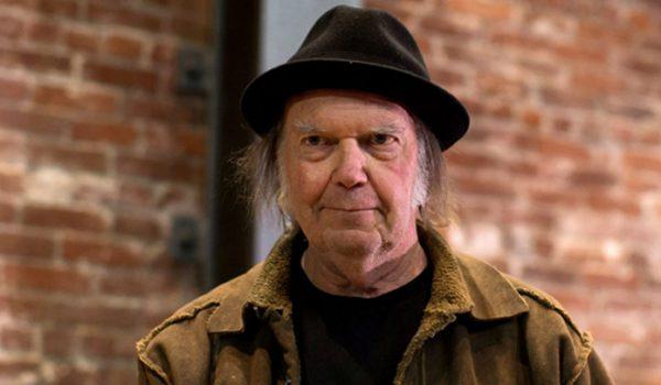 Neil Young cria nova plataforma de streaming para seus fãs