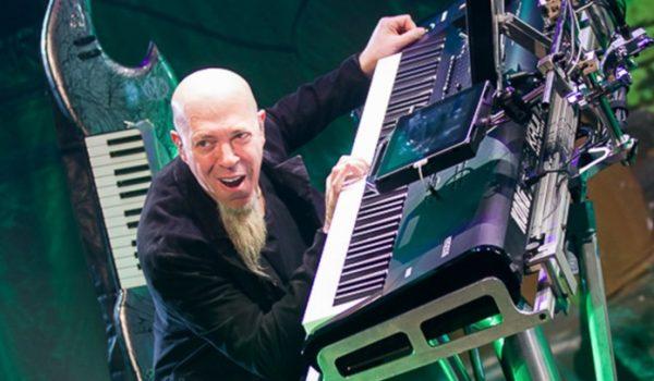 Jordan Rudess: de Bach ao Dream Theater, de Bowie a geek dos apps
