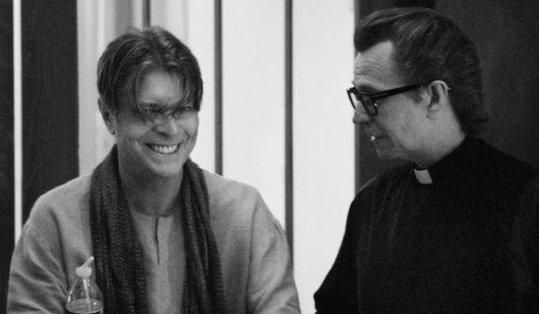 David Bowie ganha aplicativo narrado por Gary Oldman