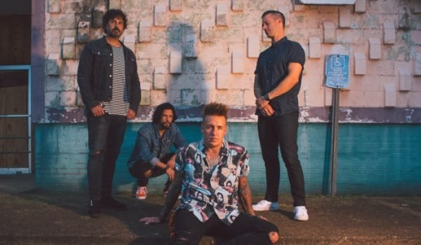 Papa Roach libera décimo álbum de estúdio, Who Do You Trust?