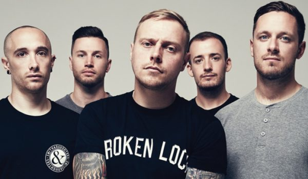 "Architects libera cover de Deftones; ouça ""Change (In The House Of Flies)"""