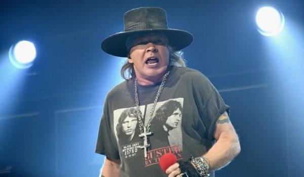 Guns N' Roses: Chinese Democracy seria uma trilogia
