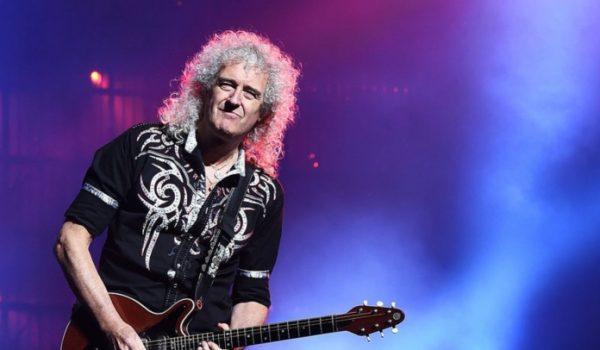 """Brian May toca solo de """"Bohemian Rhapsody"""" para elenco do filme"""