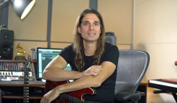 """Kiko Loureiro: primeiro show com Megadeth foi """"realmente desafiador"""""""