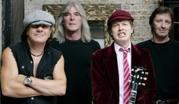 Cliff Williams pode estar de volta ao AC/DC