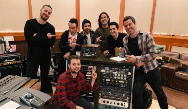 Ego Kill Talent: baterista do Stone Sour grava participação em álbum