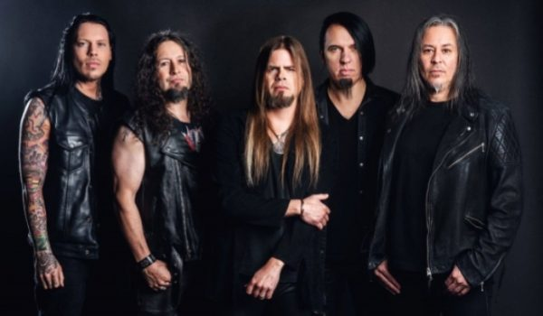 "Queensrÿche lança nova música; ouça ""Blood Of The Levant"""