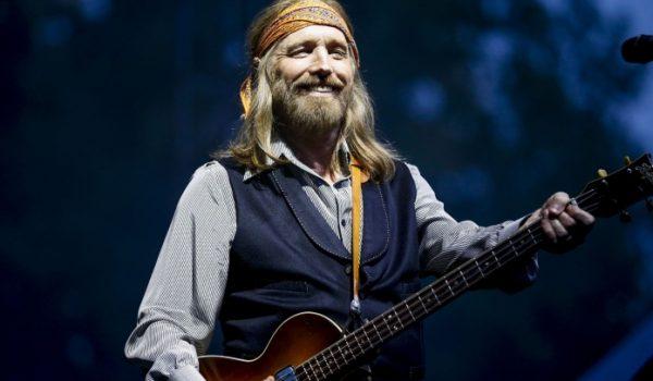 """Tom Petty: ouça música inédita """"For Real"""" que estará em nova coleção"""