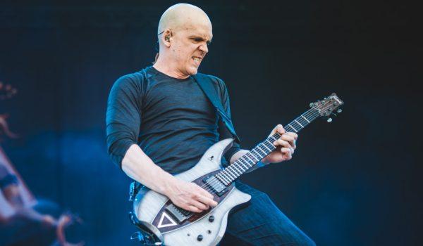 """Devin Townsend lança clipe para nova música; assista a """"Evermore"""""""