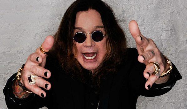"""Ozzy Osbourne está """"de volta ao normal"""" depois da pneumonia"""