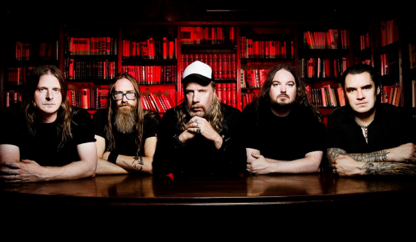 "At The Gates divulga clipe para a sombria ""The Colours Of The Beast"""