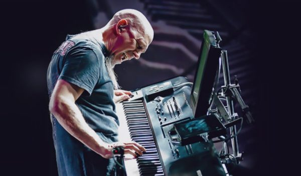 """Jordan Rudess, do Dream Theater, lança a nova """"Why I Dream"""""""