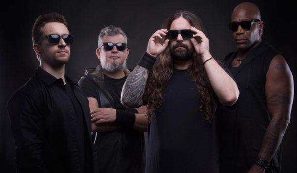 """Sepultura é proibido de tocar no Líbano por """"adorar o demônio"""""""