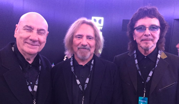 Black Sabbath: integrantes se reúnem com Bill Ward em evento do Grammy