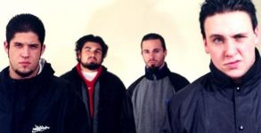 Papa Roach irá comemorar os 20 anos do álbum Infest