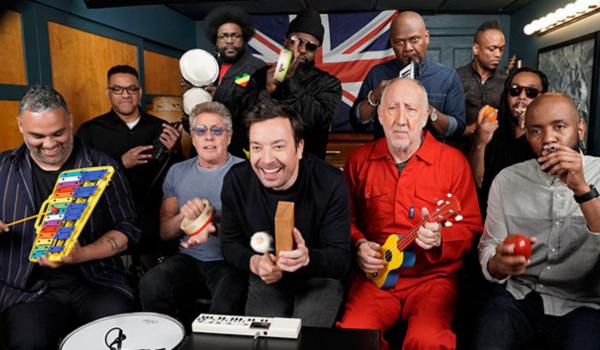 """The Who toca """"Won't Get Fooled Again"""" com instrumentos de brinquedo em TV americana"""