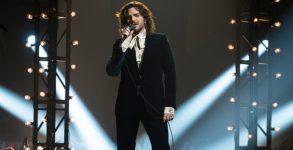 """Adam Lambert canta """"Bohemian Rhapsody"""" no American Idol"""