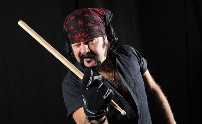 Pantera divulga foto de nova lápide de Vinnie Paul; confira