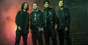 Crown The Empire lança novo disco Sudden Sky